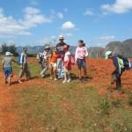 2013 03 09 Recorrido por el valle VIÑALES CUBA ValV (2)